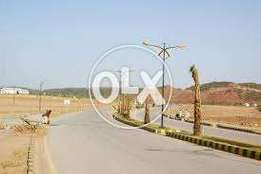 5 Marla plot in rose Garden Bahria town phase 8