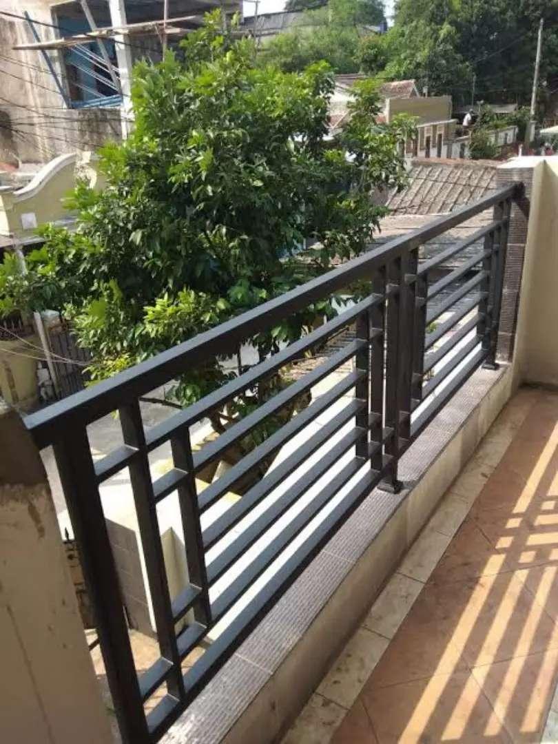 Balkon Dan Raling Tangga Model Minimalis Bahan Besi Galpanis