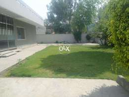1 kanal lower portion for rent in Gulberg 2 separate Gated ideal locat