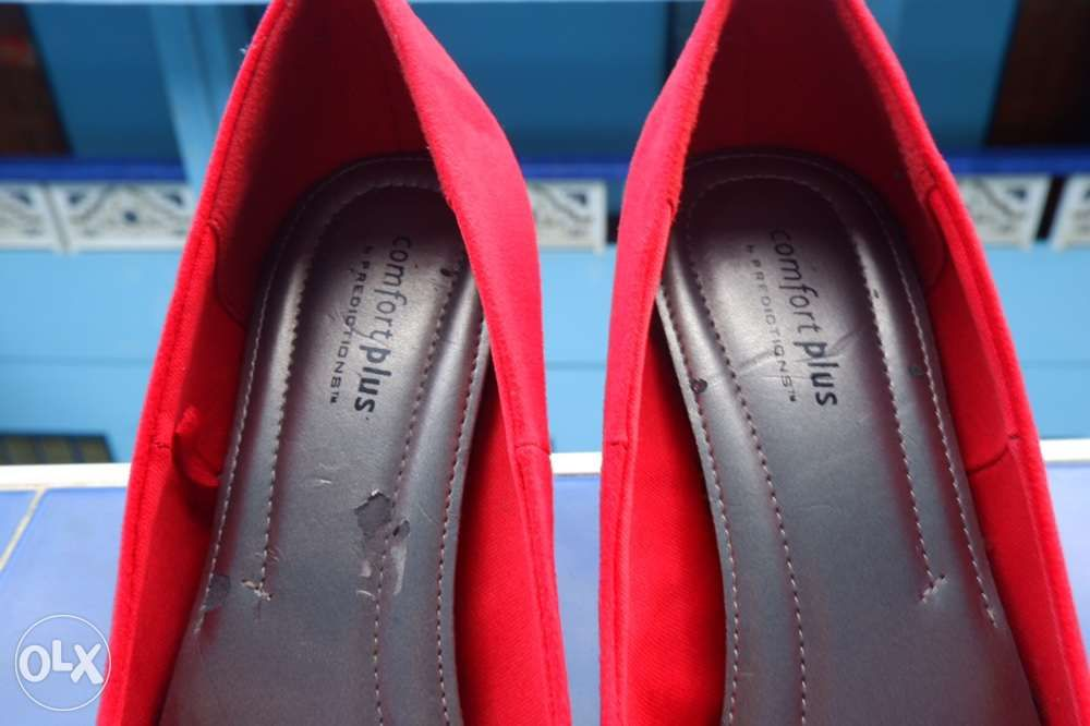 229893f8f26 Payless Comfort Plus Red Suede Heels in Davao City