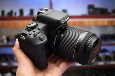 Kamera DSLR Canon 750D Lensa 18-55mm AF IS STM Fullset
