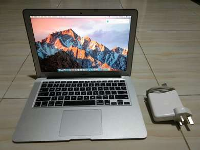 "Macbook Air 13"" MMGF2 Early 2015"