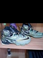 online store 75288 9a384 LeBron 13 Size 11