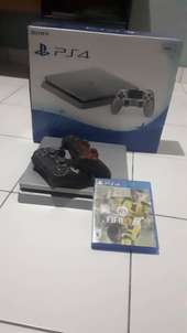 Dijual PS 4 Slim 500Gb