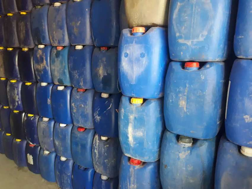 Plastic can - Other Business & Industry - 1013658362