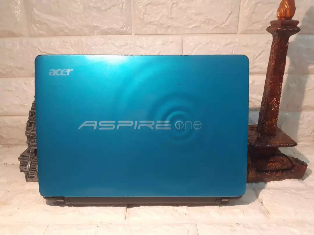 Notebook acer aspire one blue mungil 0