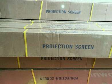 Screen Projector 70x70 Inch + Tripod