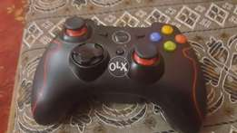 Xbox 360 wireless controller with adapter