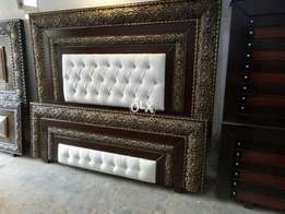 Double bed with poshish king size latest design 000864