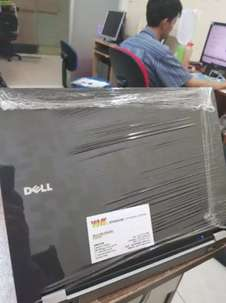 Obral Laptop Dell 6400 core2duo 2nd Ram 2gb hdd 16O gb dvd cam 14inch