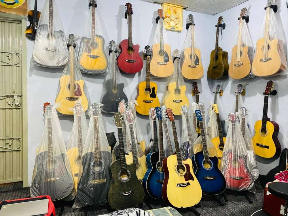 Electric Guitar - Musical Instruments for sale in Pakistan | OLX.com.pk