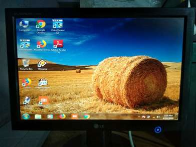 Monitor lcd LG wide 17inch