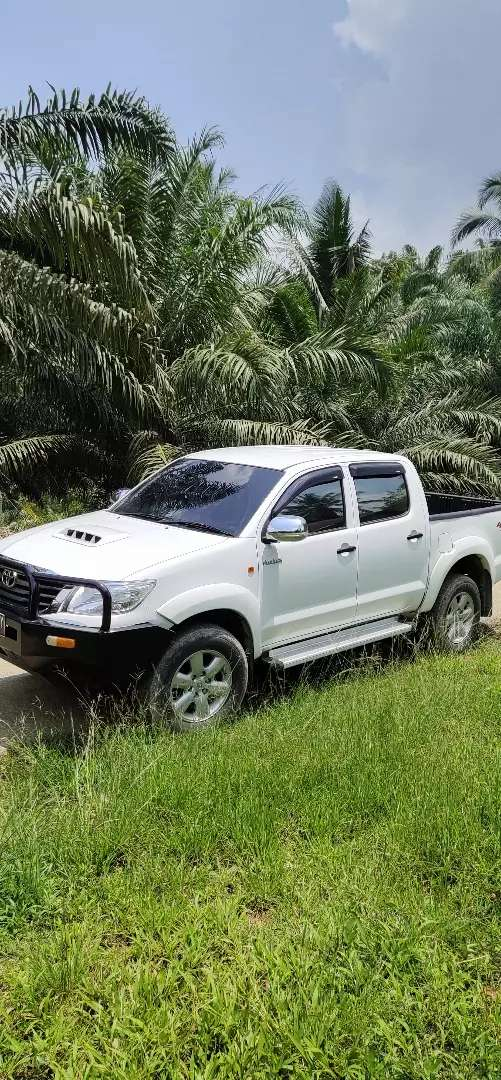 Toyota Hilux 4x4 >> Toyota Hilux 4x4 Double Cabin Mobil Bekas 762267325