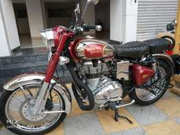 Classic 500cc 2700 Kms 2014 year