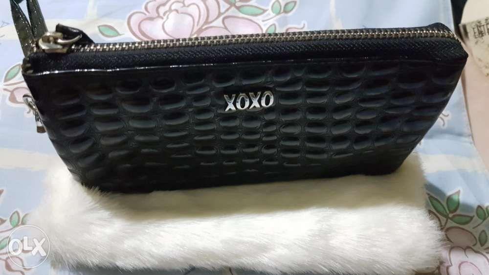 for whole family classic official photos Xoxo Original wallet in Mandaluyong, Metro Manila (NCR) | OLX.ph