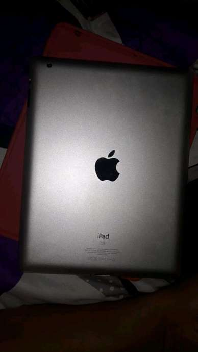 aPple iPad 2 WiFi 1/16