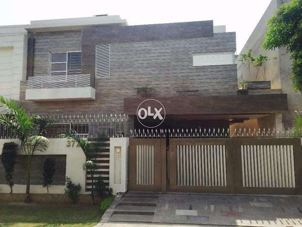10 Marla Owner Built House In State Life Near Air Port And Dha