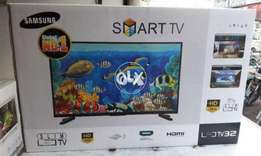 Samsung (32) inches smart tv