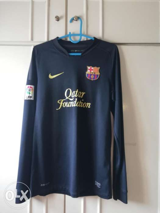 8dd9c0d72 FC Barcelona 2011 2012 Away Kit Long Sleeves in Quezon City