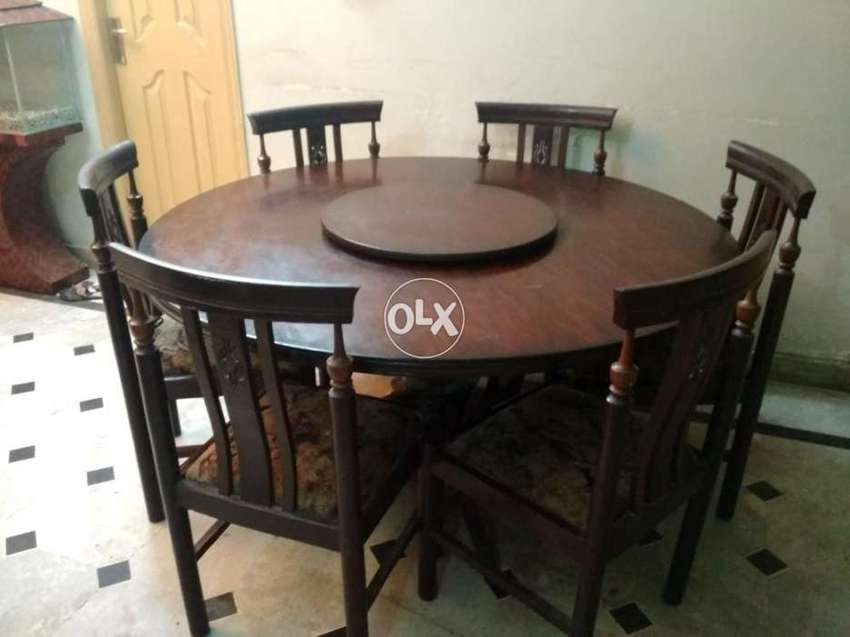 Pure Wood Round Dining Table With Revolving Top