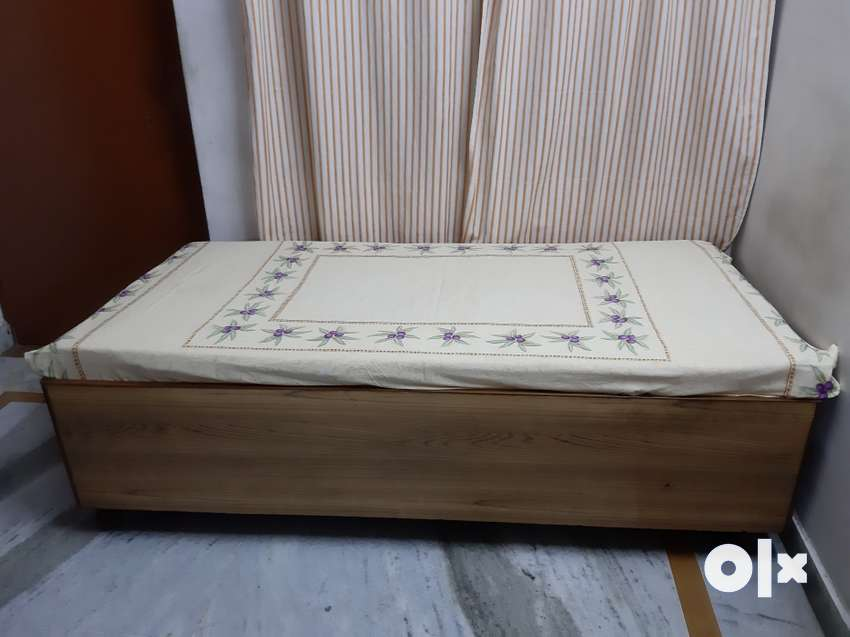 Excellent Condition Teak Wood Diwan Single Bed With Double Storage