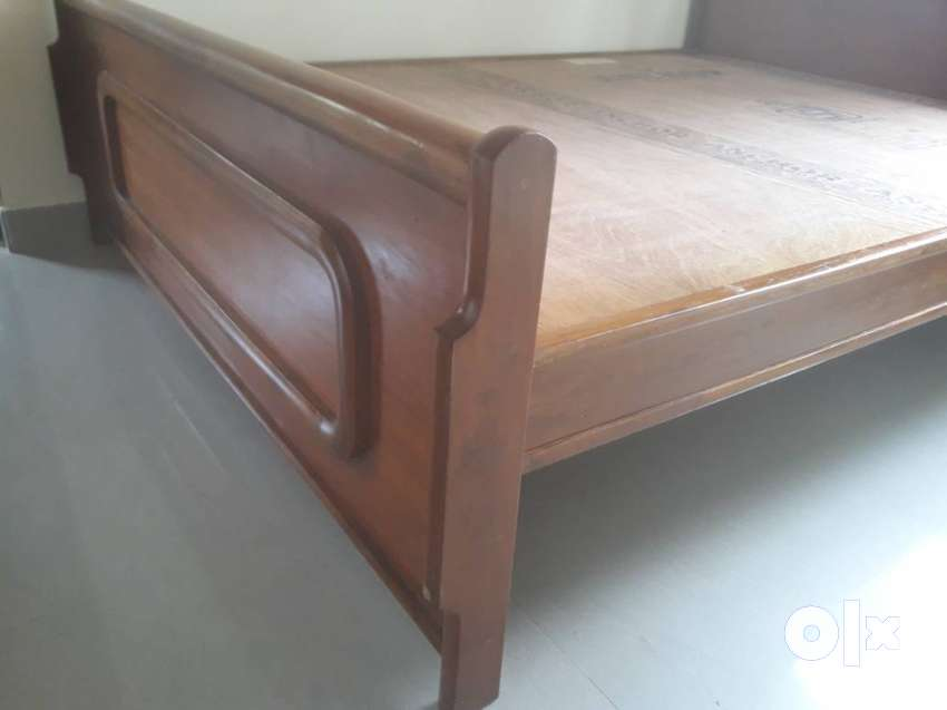 Queen Size Bed Assam Teak Wood Other Household Items