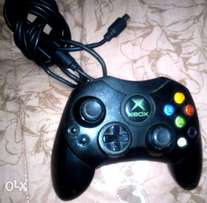 Xbox video game system 98052-6399 USA -Need some service only