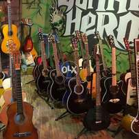 Brand new guitars available cash on dlvry price les then markit