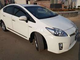Toyota prius S LED beige room projector lights white