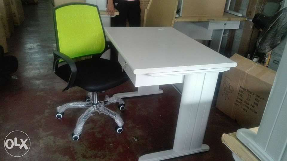 Off White Office Chair To Office Furniture Freestanding off White Table Green Mesh Chair