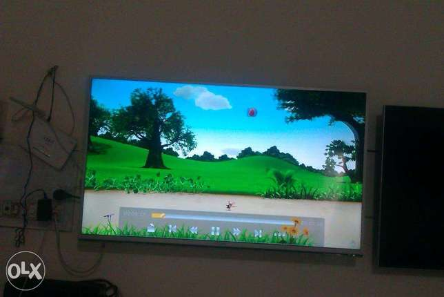 sony Bravia led tv Full HD 32inch led tv R-100series used