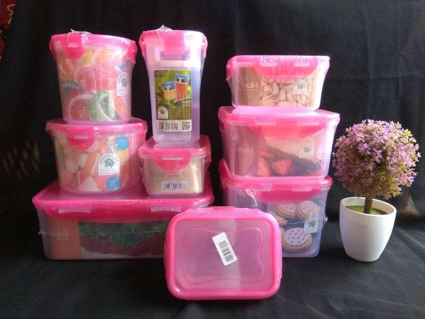 Lock 4 Set Tempat Penyimpanan Makanan Isi 9 Warna Pink