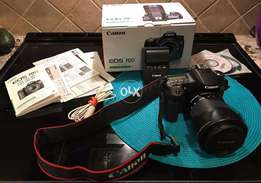 Canon EOS 70D dslr camera with 18/55 mm and 75-300 mm tow lens