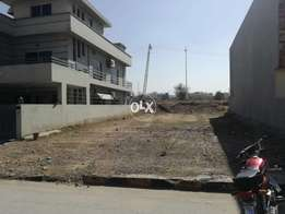10 Marla plot available for selling in bahria Enclave Islamabad
