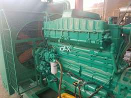 Gernater Heavy Duty Cummins UK Big cam engine 300 Kva