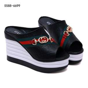 GUCCI Slip on wedges