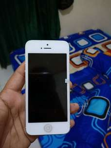iphone 5 G silver 16 GB
