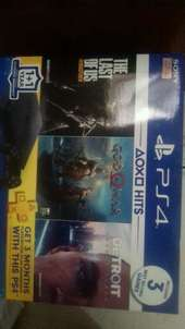 ps 4 500Gb include 3 Game