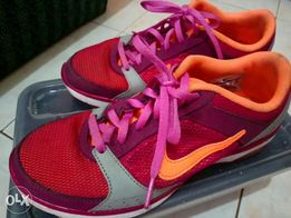 70a540c31 selling my preloved nike size7 used but not abuse