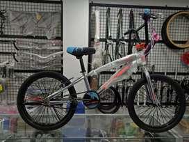 Sepeda Jual Sepeda & Aksesoris Terlengkap di Semarang