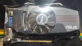 ASUS GTX 550 Ti DDR5 1GB 192 Bit Graphics Card condition like new..