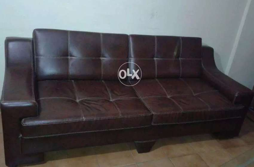 5 Seater Leather Sofa Set (Brown Shaded Leatherite for Home/Office)