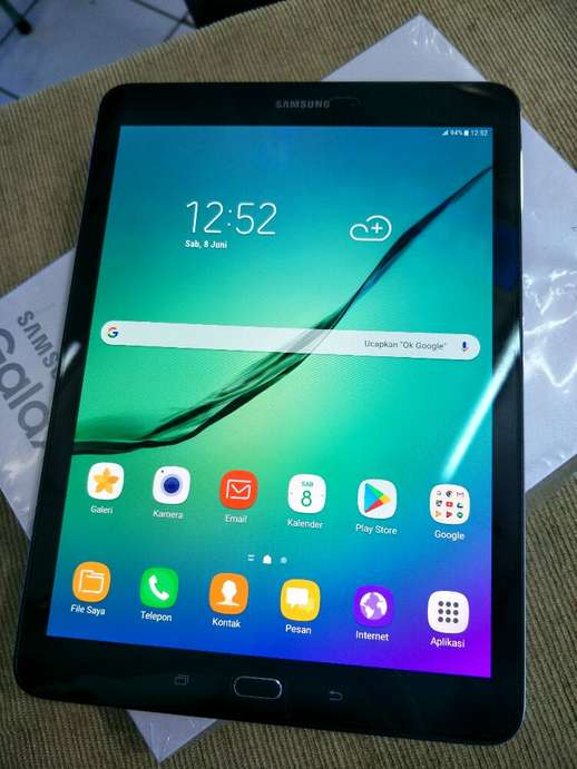 samsung tab S ram 3/32  layar 10 inc like new