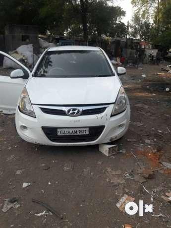 Hyundai I20 diesel 97000 Kms 2011 year
