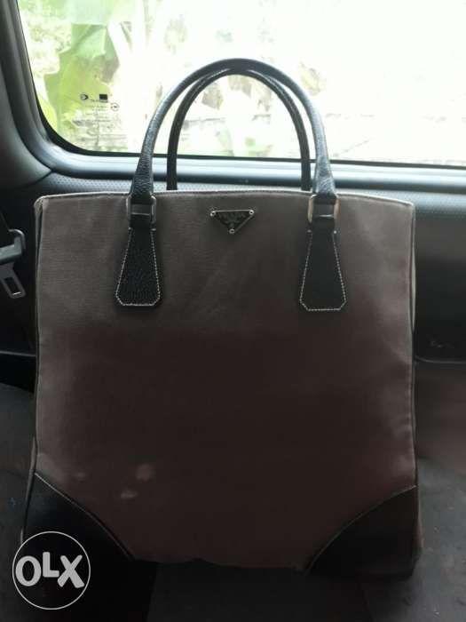 3dff6e4211 Rush Sale!Authentic Prada Unisex XL Tote Bag in San Fernando ...