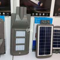 4200 lumens solar led street light 40w qty 140pcs avble