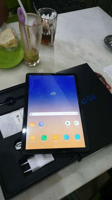 samsung tab S4 ram 4/64gb black like new fullswt grs sein 10 bln