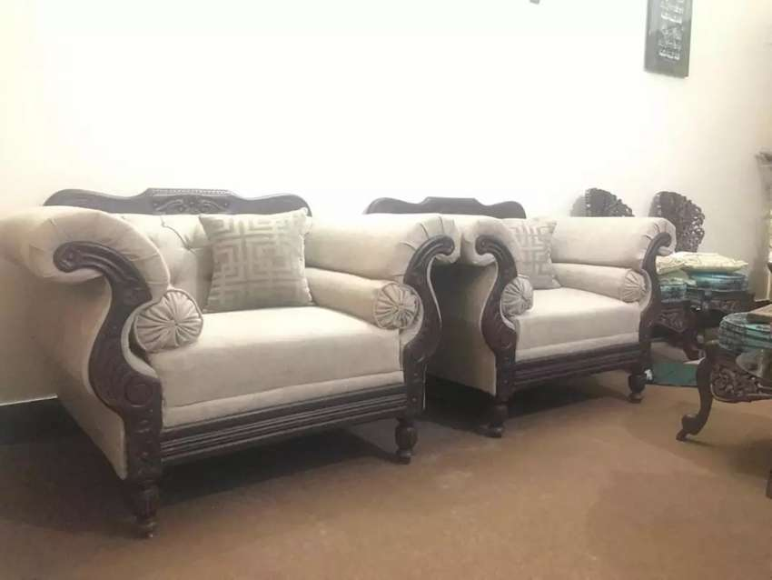 Five Seater Drawing Room Sofa