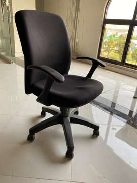 Used Office Furniture For Sale In Islamabad Olx Com Pk
