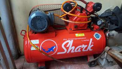 mesin air compressor
